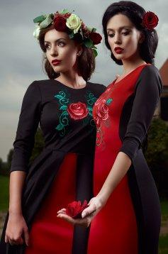 Piros StarShinerS Brodata Rose Precious Ruha
