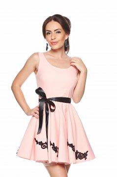 Rózsaszínű PrettyGirl Sensation Style Ruha