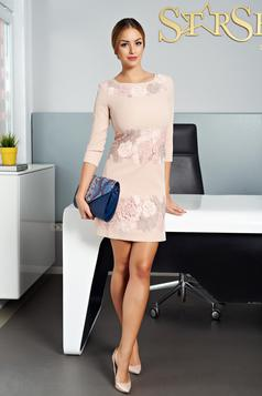 Krém LaDonna elegáns hímzett ruha
