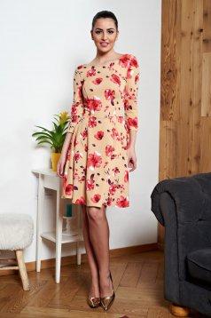 Krém StarShinerS virágmintás hétköznapi bő ruha