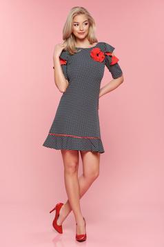 Piros LaDonna pöttyös ruha pillangó típusú ujjakkal