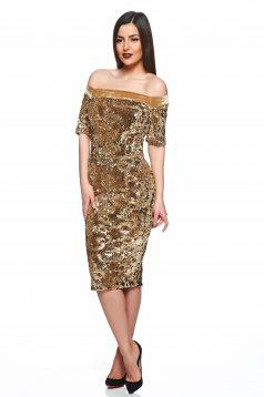 Arany StarShinerS alkalmi ruha övvel ellátva flitter