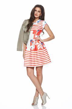 Piros LaDonna a-vonalú virágmintás ruha