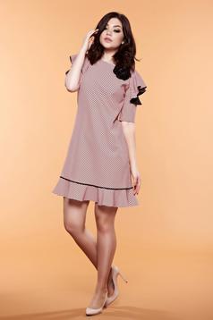 Rózsaszínű LaDonna pöttyös ruha pillangó típusú ujjakkal