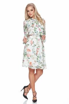 Zöld PrettyGirl ruha virágmintás díszítéssel fátyol anyag