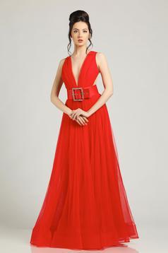 Piros Ana Radu estélyi ruhák ruha övvel ellátva