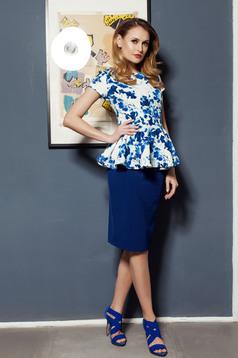 Kék PrettyGirl női blúz derekán fodros virágmintás díszítéssel