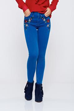 Kék Top Secret skinny farmer hímzett betétekkel