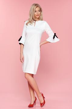 Fehér PrettyGirl bő szabású ruha masnikkal ellátva