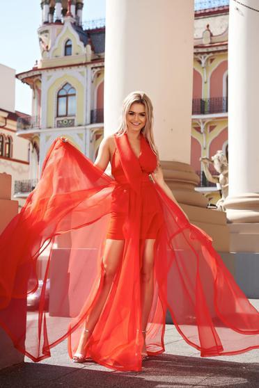 Piros Ana Radu alkalmi ruha kivágott hátrész