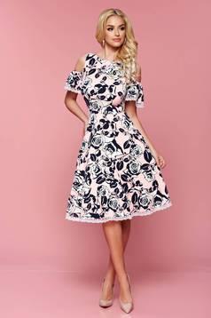 Rózsaszínű lenge anyag váll nélküli LaDonna ruha