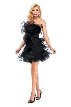 Fekete Ana Radu fodros estélyi ruha