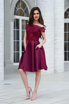 Burgundy StarShinerS váll nélküli a-vonalú estélyi ruha