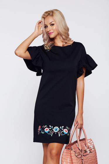 Fekete StarShinerS elegáns hímzett ruha harang ujjakkal