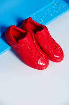 Piros Adidas sport cipő superstar 80s originals fűzővel köthető meg
