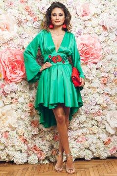 Zöld PrettyGirl ruha aszimetrikus elegáns harang ujjakkal