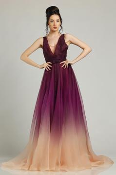 Lila Ana Radu hosszú estélyi ruha v-dekoltázzsal