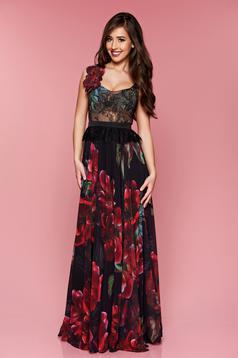 Fekete LaDonna virágmintás alkalmi ruha hosszú csipkés anyagból