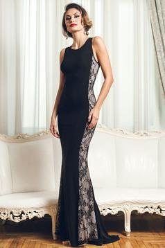 Hosszú fekete PrettyGirl estélyi ruha csipkés anyaggal