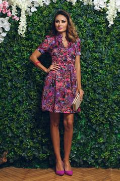 Lila PrettyGirl a-vonalú ruha virágmintás díszítéssel