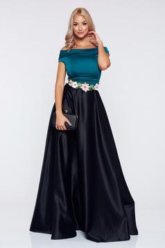 Fekete Artista hosszú ruha hímzett betétekkel