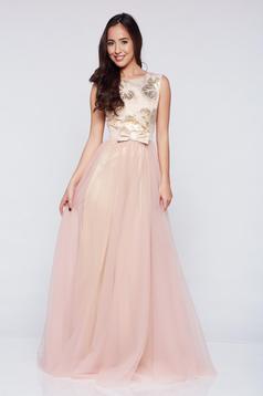 Rózsaszínű Fofy hosszú alkalmi tűll ruha masni alakú kiegészítővel