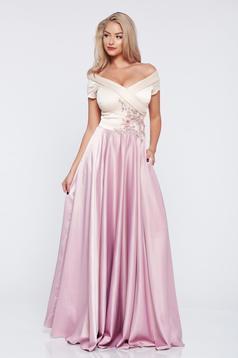 Rózsaszínű LaDonna alkalmi hímzett ruha szatén anyagból