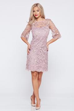 Lila LaDonna bő szabású alkalmi ruha csipkés anyagból