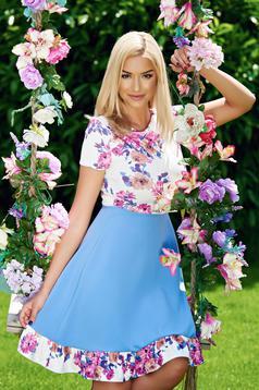 Kék StarShinerS rövid ujjú a-vonalú ruha virágmintás díszítéssel