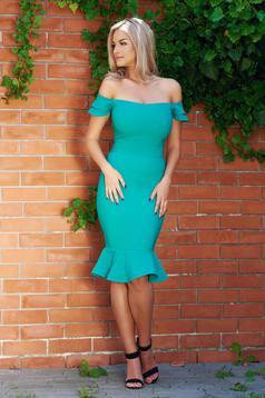 Elegáns zöld LaDonna ruha fodrok a ruha alján