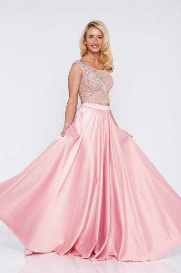 Elegáns hímzett rózsaszínű LaDonna szett szatén anyagból zsebekkel