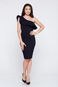 Egy vállas fekete LaDonna elegáns ruha fodrok a mellrészen