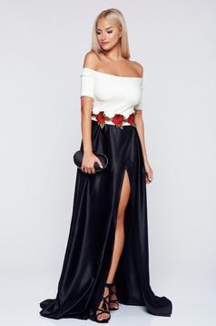 Fekete Artista ruha hímzett betétekkel szatén anyagból
