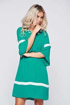 Zöld LaDonna elegáns bő szabású ruha harang ujjakkal