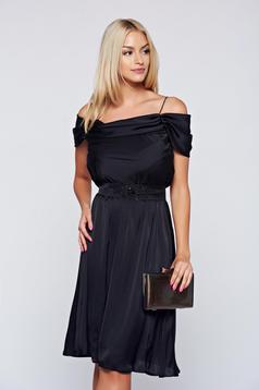 Fekete LaDonna alkalmi ruha a-vonalú vékony pántokkal