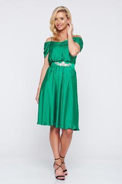 Zöld LaDonna alkalmi ruha a-vonalú vékony pántokkal