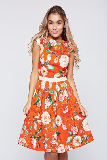 Piros LaDonna a-vonalú pamutból készült ruha virágmintás díszítéssel