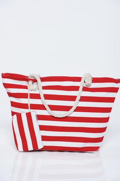 Piros táska vízszintes csíkok strandi