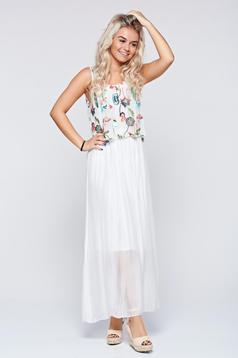Fehér hétköznapi hosszú hímzett ruha