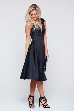 Fekete LaDonna alkalmi harang alakú ruha szatén anyagból