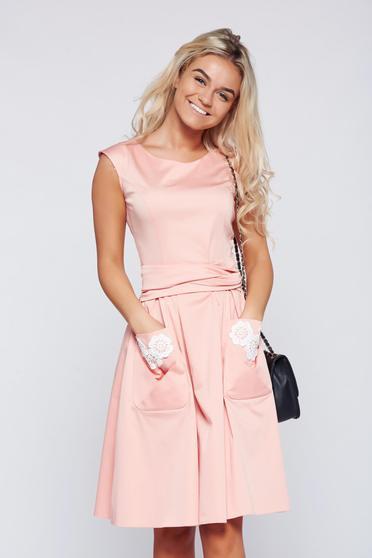 Rózsaszínű LaDonna hímzett pamutból készült harang alakú ruha