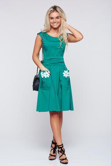Zöld LaDonna hímzett pamutból készült harang alakú ruha