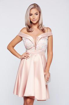 Rózsaszínű Fofy ruha alkalmi szatén anyagból váll nélküli