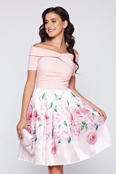 Rózsaszínű Artista elegáns váll nélküli harang alakú ruha