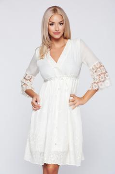 Bézs PrettyGirl hétköznapi pamutból készült hímzett ruha