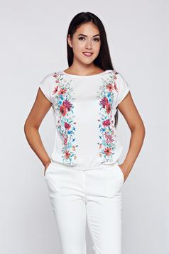 Fehér Top Secret póló hétköznapi virágmintás díszítéssel bő szabású