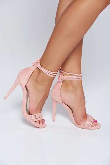 Pink elegáns szandál vékony pántokkal