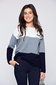 Fehér hétköznapi bő szabás kötött pulóver