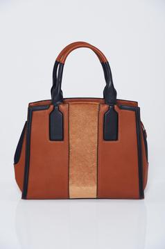 Barna táska cipzáros zsebek irodai
