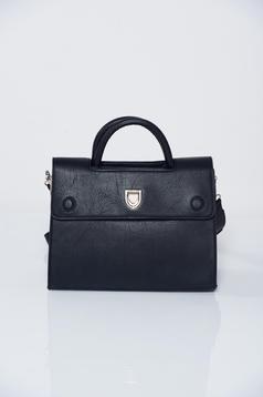 Fekete irodai táska fémes kiegészítővel